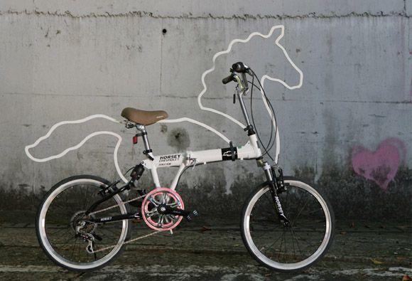 宝马自行车创意很奇特汉川